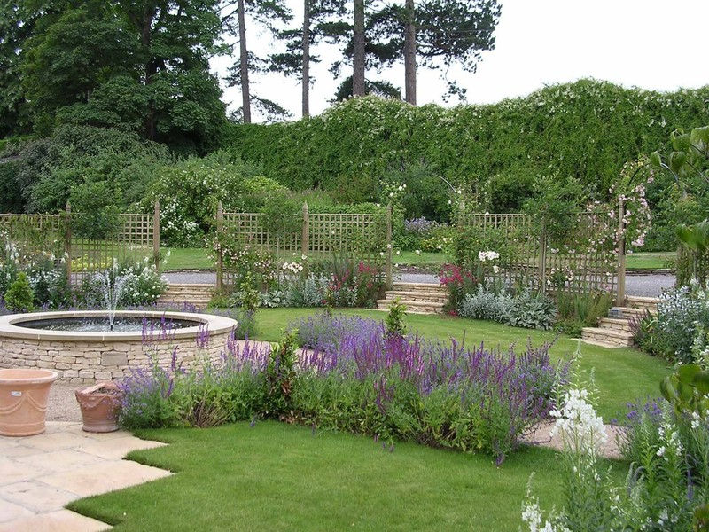 Private garden Cotswolds - Richard Sneesby Landscape Architects ...
